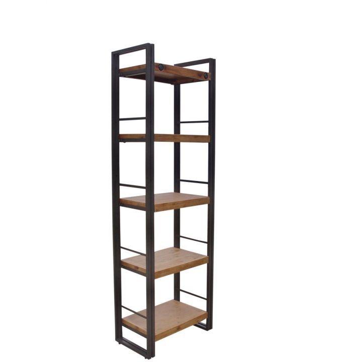 Industriële boekenkast gemaakt van acaciahout gecombineerd met een stalen frame en de kast bevat vijf planken.