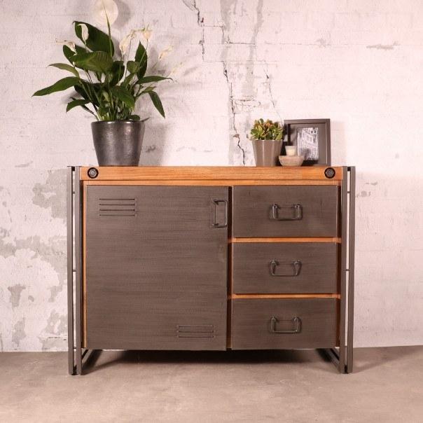 klein-dressoir-industrieel-110cm